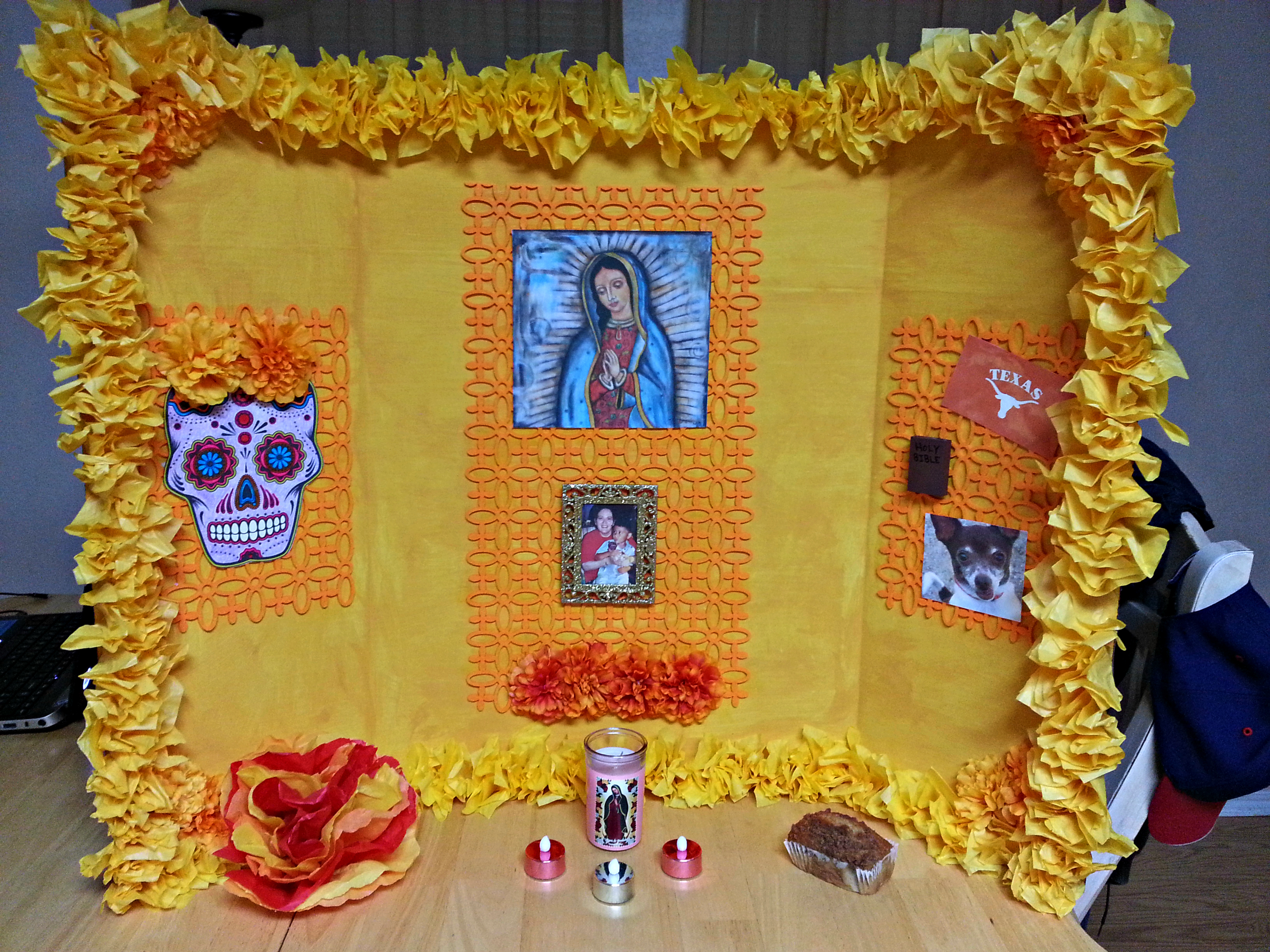 A simple homemade halloween costume and a dia de los muertos altar celebrate day of the dead is a great site to read more about the holiday for specific information on altars look at the left side of the website menu and mightylinksfo